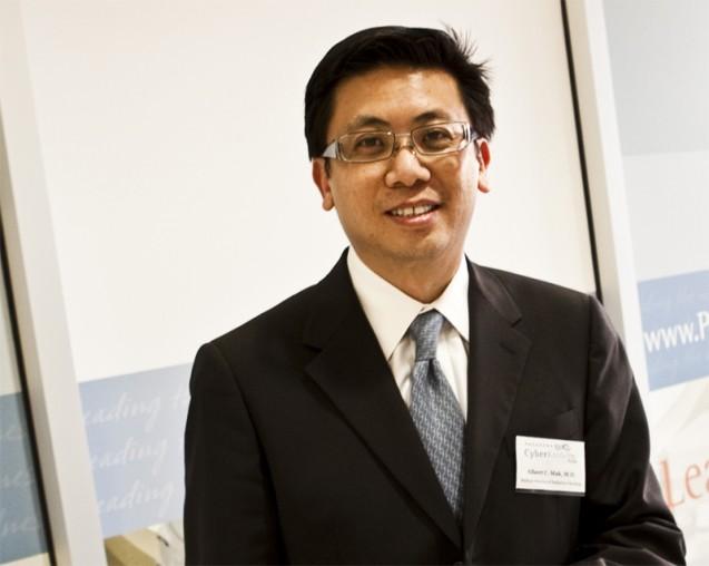 Dr. Albert Mak named Top Doctor again!